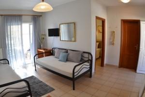 Michelmar-apartments-paradisos-neos-marmaras-halkidiki-003
