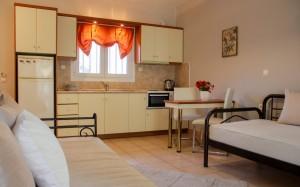 Michelmar-apartments-paradisos-neos-marmaras-halkidiki-009