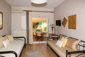 Michelmar-apartments-paradisos-neos-marmaras-halkidiki-012