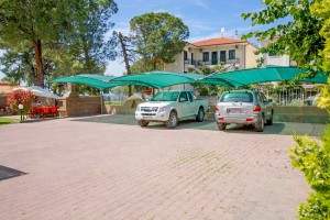 Michel Mar Studios Apartments Paradisos Neos Marmaras Halkidiki-Parking 1