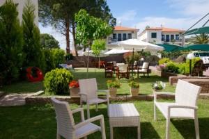 Michel Mar Studios Apartments Paradisos Neos Marmaras Halkidiki garden-003