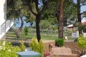 Michel Mar Studios Apartments Paradisos Neos Marmaras Halkidiki garden-005