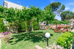 Michel Mar Studios Apartments Paradisos Neos Marmaras Halkidiki garden-012