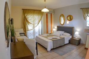 Michel Mar Studios Apartments Paradisos Neos Marmaras Halkidiki 001
